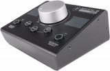 Controlador de monitor pasivo con 2 entradas estéreo seleccionables, 2 salidas estéreo seleccionables y botones Mono / Mute / Dim