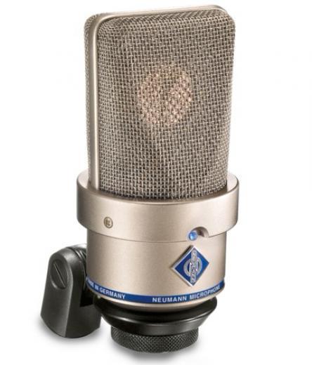 Micrófono de condensador de gran diafragma con convertidor analogo / digital