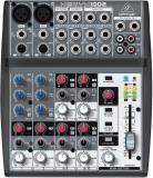 Mezclador de 6 canales con dos preamplificadores de micrófono Xenyx, cuatro canales estéreo, ecualizador de 3 bandas y 1 envío auxiliar por canal