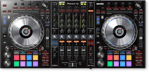 4 canales y interfaz de audio USB de 24 bits con Big Jog CDJ Jog Wheels con On Jog Display, DJM Sound Color FX, oscilador de 4 modos, almohadillas de goma multicolor, Needle Search Touch Strip y Magvel Faders