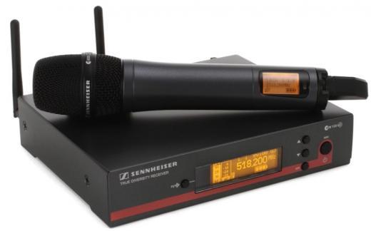 Sistema de micrófono inalámbrico con transmisor de mano y receptor para montaje en rack