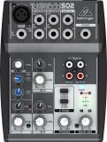 Mezclador de 3 canales con preamplificador de micrófono Xenyx, dos canales estéreo, ecualizador de 2 bandas y E / S de cinta / CD