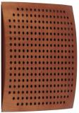 Combinación de espuma acústica y madera, cavidades secuenciales no lineales que permiten que actúe como absortor y difusor, tratamiento de frecuencias medias y altas