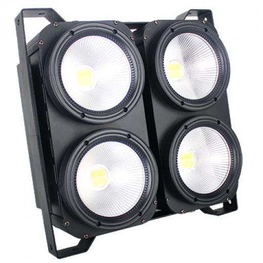 Fuente de luz led de 4x100W, construccion en aluminio, Control independiente para dimmer y temperatura color por cada DUAL LED en modo 12 canales DMX-512