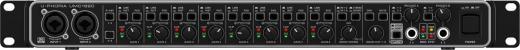 Interfaz de audio USB 2.0, 18 entradas / 20 salidas, con 8 preamplificadores de micrófono, ADAT I / O, E / S S / PDIF, E / S MIDI y salidas de auriculares dobles - Resolución de 24 bits / 96 kHz - Mac / PC