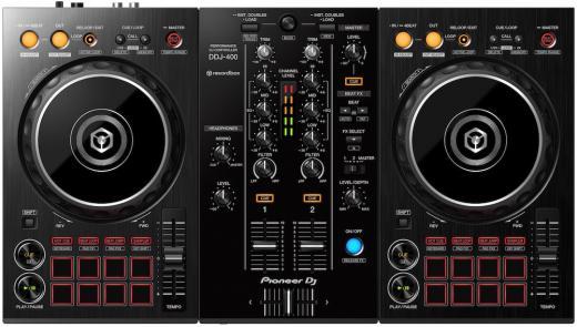 Controlador digital para DJ de 2 cubiertas para el software rekordbox dj (incluido), con 8 pads de ejecucion e interfaz USB de 2 canales