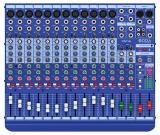 Mezclador de 16 canales con 12 canales de línea / micrófono, 2 canales estéreo, ecualizadores de 3 bandas y 2 envíos auxiliares
