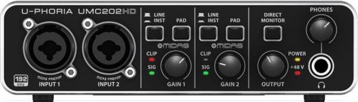 Interfaz de audio USB 2.0 de 2 canales a 24 bits / 192 kHz con 2 preamplificadores MIDAS y alimentación Phantom