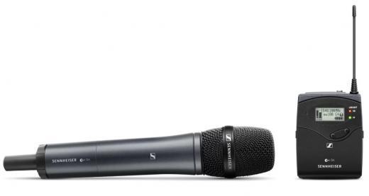 Sistema inalámbrico serie 100 Evolution G4 con transmisor de micrófono de mano SKM 100 G4-835 y receptor montable en cámara EK 100 G4