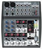Mezclador de 6 canales con 2 x preamplificadores de micrófono Xenyx, 4 x canales estéreo, ecualizador de 3 bandas, 100 presets de efectos y 1 x FX / Aux envio por canal