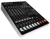 6 entradas mic/línea con conexiones balanceadas XLR/TRS, 1 entrada estéreo, ecualizador de 4 bandas y reproductor mp3 con puerto USB, 16 tipos de delays, phantom para todas las entradas y ecualización general estéreo de 7 bandas