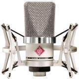 Micrófono de condensador cardioide de diafragma grande con diseño sin transformador y manejo de 144 dB SPL, color Niquel Satinado