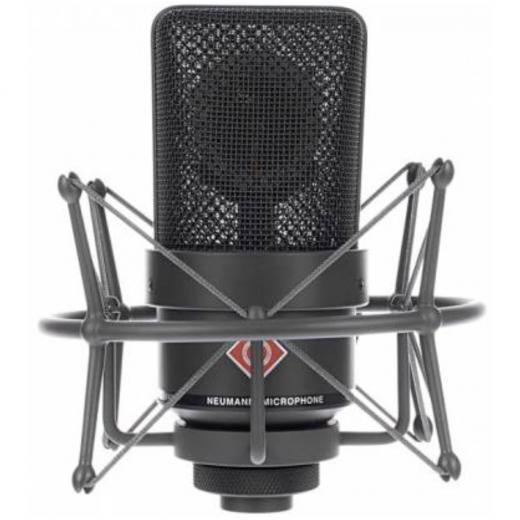 Micrófono de condensador cardioide de diafragma grande con diseño sin transformador y manejo de 138 dB SPL, color Negro Mate, incluye maleta aluminio