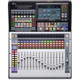 Mezclador digital de montaje en bastidor de 32 canales con 16 preamplificadores de micrófono, 17 faders motorizados, interfaz de audio USB de 64 entradas / 64 salidas, redes AVB, motor FLEX DSP, grabadora de tarjeta SD, control DAW y paquete de software