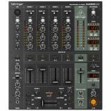 Mezclador de DJ de 4 canales con interfaz de audio USB, efectos digitales avanzados, ecualizador de 3 bandas, crossfader óptico y contador de BPM