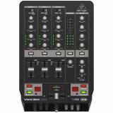 Mezclador de DJ profesional de 3 canales con interfaz de audio / USB, contador de BPM y control de VCA