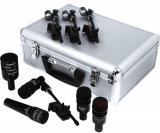 Kit de 5 micrófonos dinámicos hiper/cardioides con clamps D-Vice. Incluye 1 D6 (bombo), 1 i5 (caja), 2 D2 (toms) y 1 D4 (tom de piso). Hecho en USA.