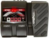 Procesador Bass Multi-FX con pedal de expresión y afinador incorporado