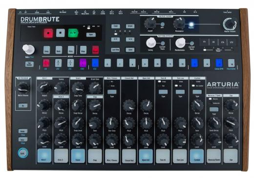 Controlador analógico con 17 sonidos de percusión, secuencia de patrones de 64 pasos, modo de canción y filtro de salida Steiner-Parker