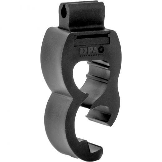 Soporte/clip de montaje de micrófono condensador DPA d:vote™ 4099 para instalación en aro de tambores de batería y percusiones.