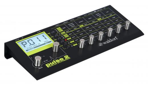 Módulo Sintetizador Analógico Monofónico con 500 Programas de Sonido, Tres Osciladores, Un Generador de Ruido, Filtro en Cascada, Filtro FM, Modulación de Anillo y USB