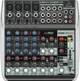 Mezclador analógico de 12 entradas y 2 buses con ecualizador de 3 bandas, procesador multiefectos e interfaz de audio USB