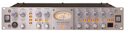 Preamplificador a tubo clase A para micrófono, instrumento y línea de 1 canal, con compresor óptico, ecualizador paramétrico, y filtro pasa altos.