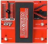 Pedal de efecto de guitarra con Octavador (+-2), Armonizador y cambio de tono manejado por pedal de expresión. True Bypass.